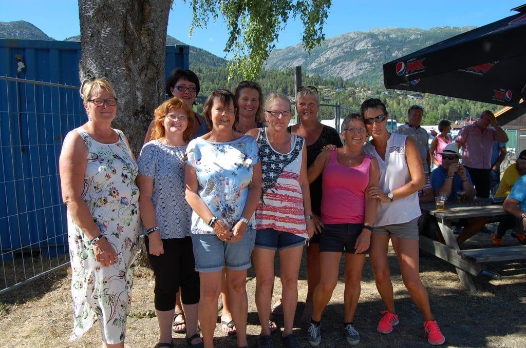 Glade deltakere på stikkamesterskap
